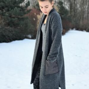 kabát/svetr | džínové kapsy