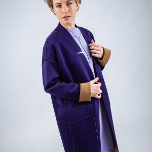 oboustranný kabát z moderního neoprenu |