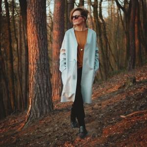 kabát z moderního neoprenu, počesaná vlna |