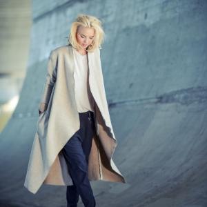 vlněný dlouhý kabát  